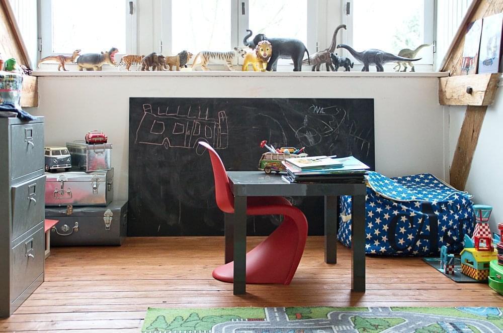 maud sceaux inside closet. Black Bedroom Furniture Sets. Home Design Ideas